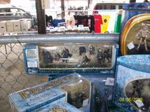 Vintage Lord Of the Ring Action figs & sets in Naperville, Illinois